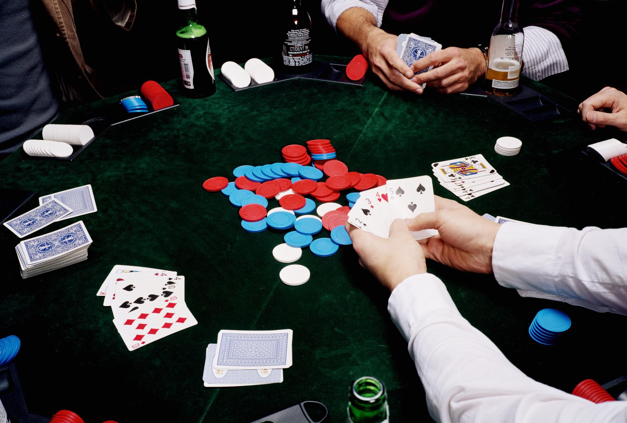 Beginners: What are the 3 amazing tips for playing poker in a casino?